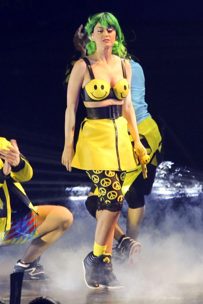 Lady Gaga alfineta Katy Perry e sua nova turnê