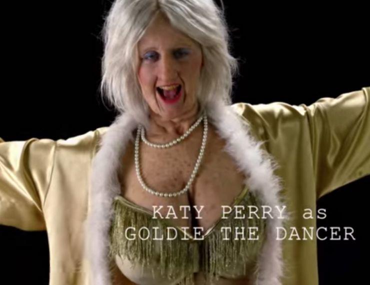 """Katy Perry libera novo vídeo de bastidores do clipe de """"Birthday"""""""