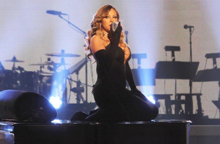 Fãs criticam empresário de Mariah Carey