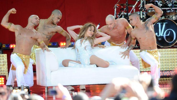 Jennifer Lopez lança álbum com apresentação em pleno Central Park