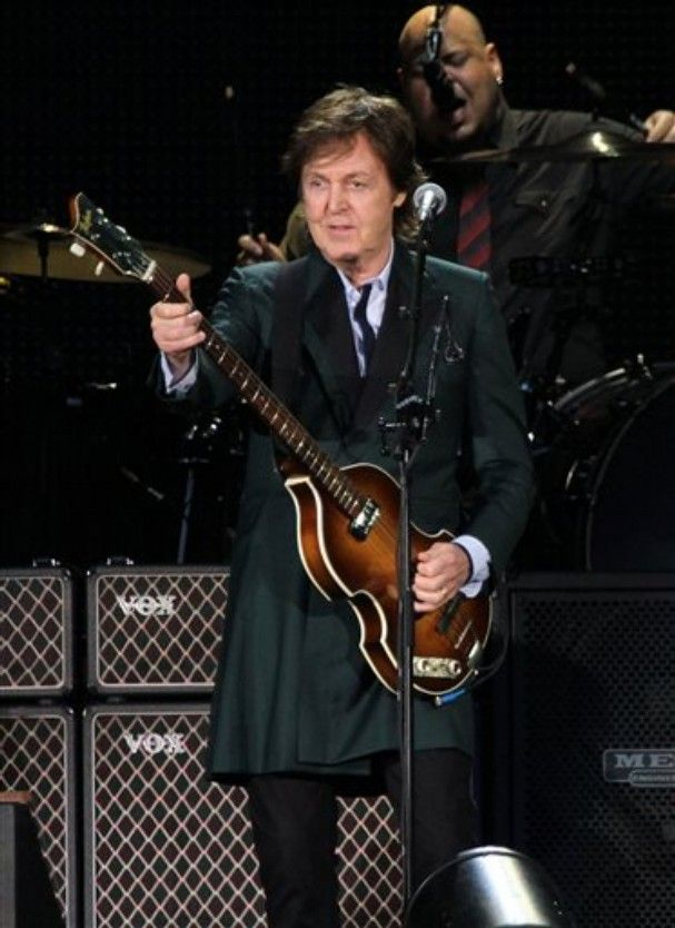Paul McCartney divulga vídeo tranquilizando fãs