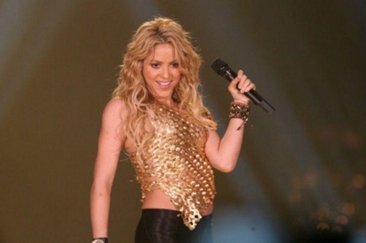 Shakira é confirmada na cerimônia de encerramento da Copa do Mundo