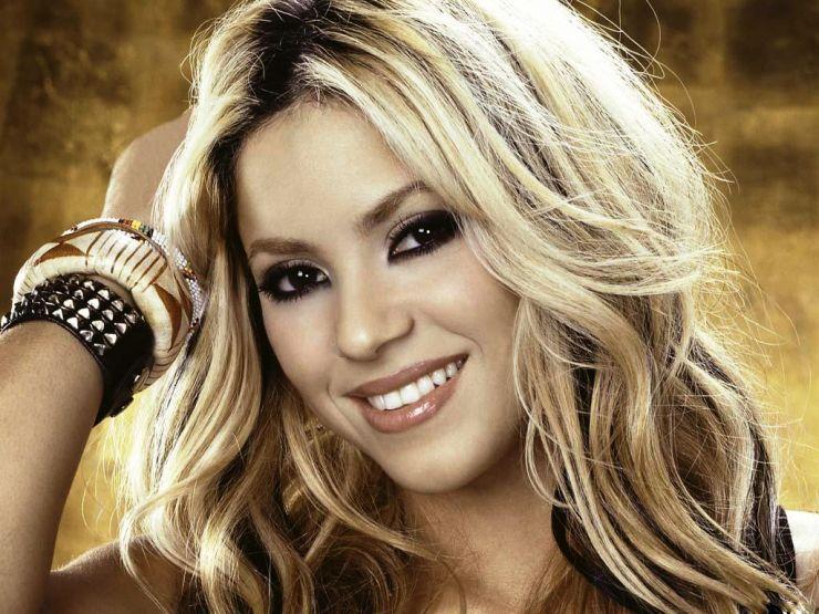 Shakira chaga a marca dos 100 milhões de fãs no Facebook