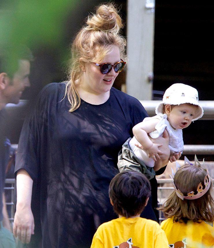 Filho de Adele vence processo movido contra paparazzi