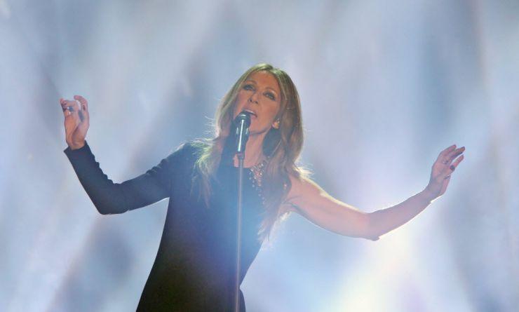 Celine Dion anuncia cancelamento de shows