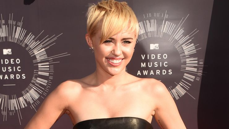 Miley Cyrus é a grande vencedora do VMA 2014