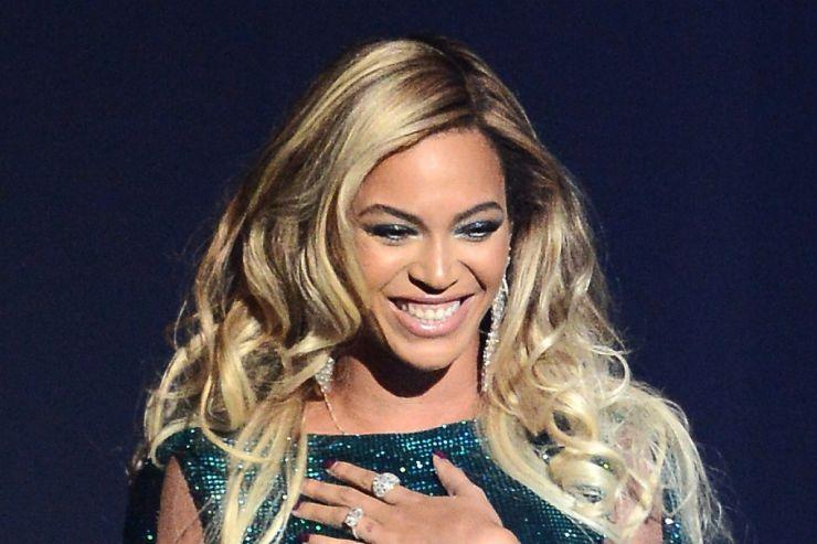 Miley Cyrus é a grande vencedora do VMA 2014