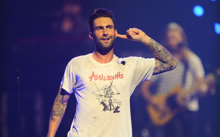 "Adam Levine divulga vídeo da música ""Lost Stars"""