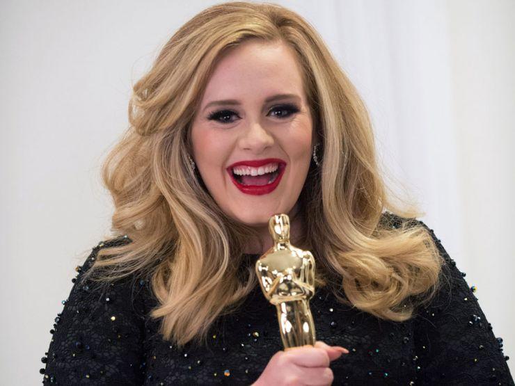 Caem na rede duas faixas inéditas de Adele