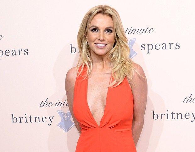 Britney Spears assina linha de lingeries