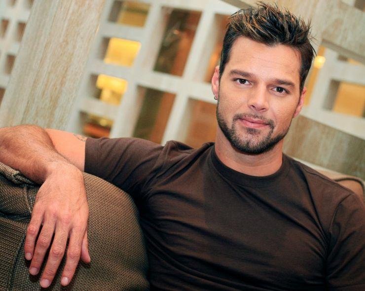Confira o primeiro single do novo disco de Ricky Martin