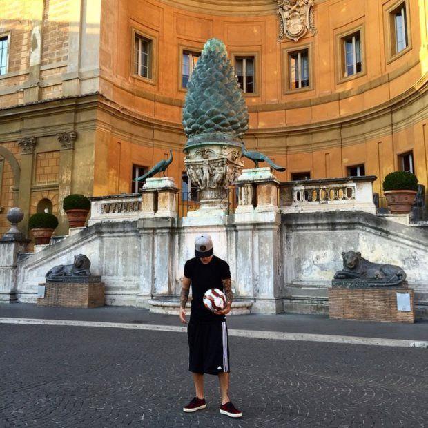 Justin Bieber foi repreendido no Vaticano