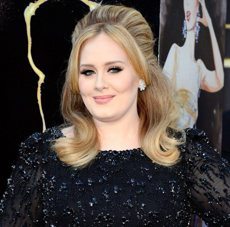 Adele não participa de campanha em prol da cura do Ebola e cria polêmica