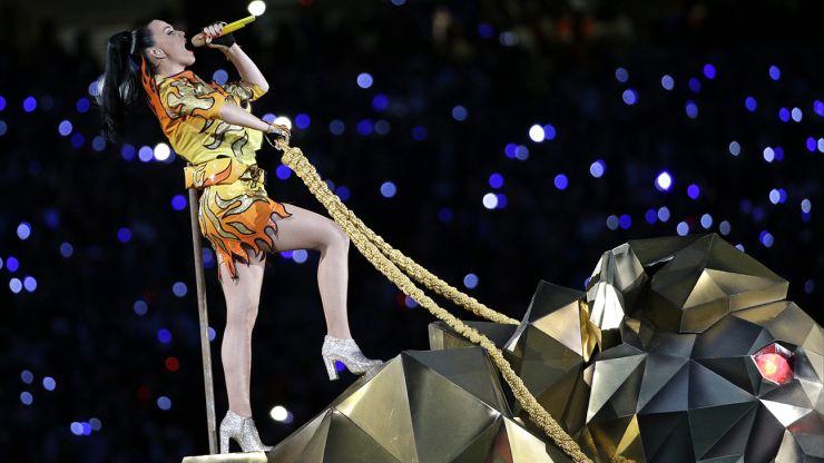 Confira a incrível apresentação de Katy Perry no Super Bowl