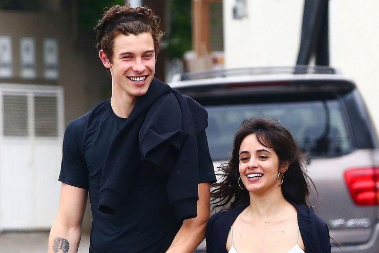 Shawn Mendes e Camila Cabello são flagrados em clima de romance