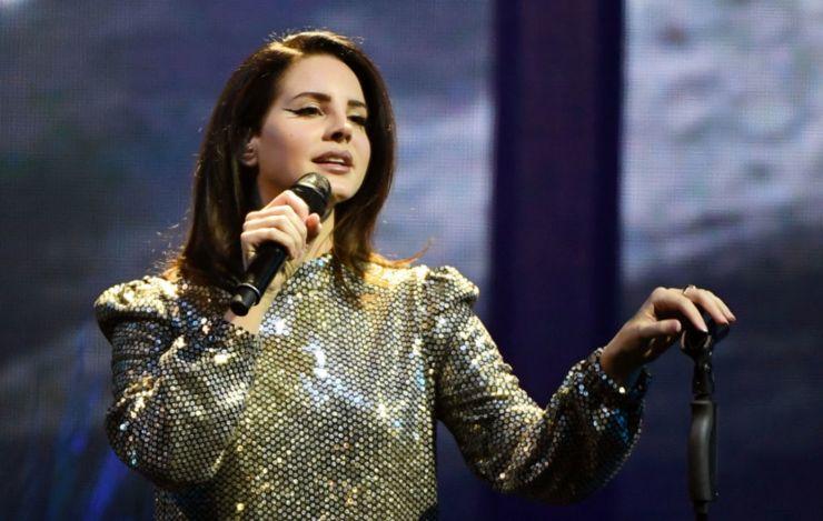 Lana Del Rey cancela turnê na Europa por problemas de saúde