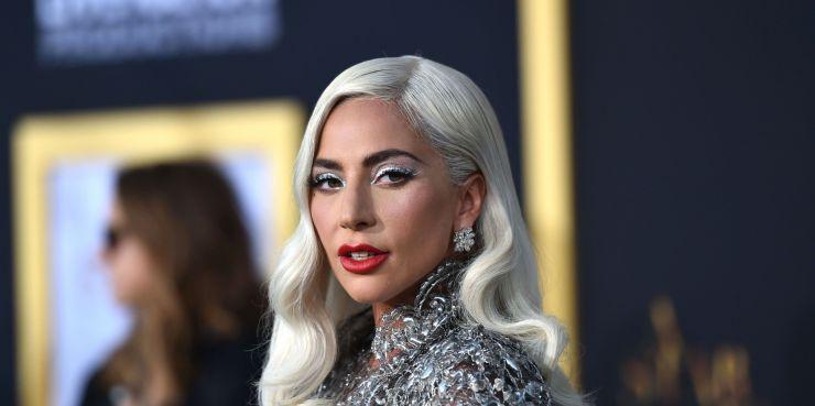 """Lady Gaga anuncia nova data de lançamento de """"Chormatica"""""""