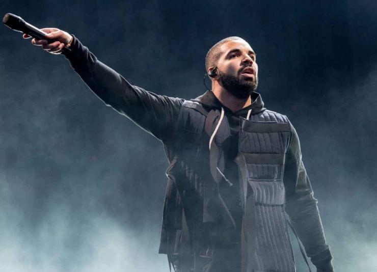 Drake ultrapassa 50 bilhões de execuções no Spotify