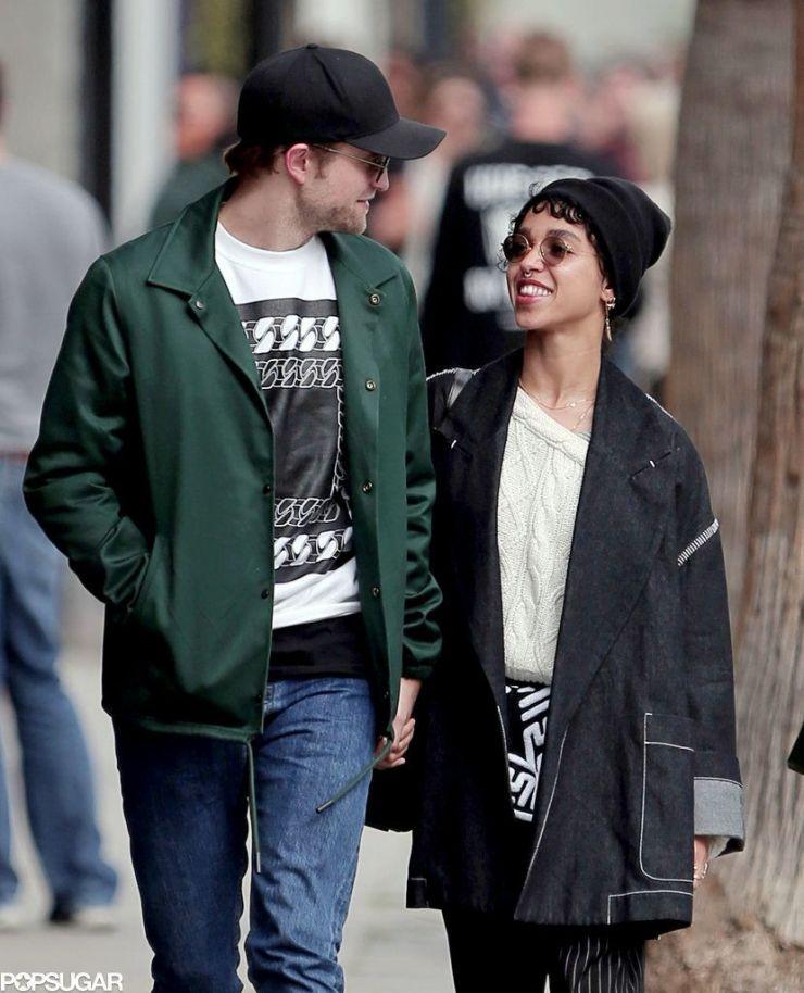 FKA twigs afirma ter recebido ofensas racistas de fãs de Robert Pattinson