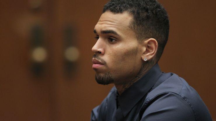 Chris Brown está preso novamente