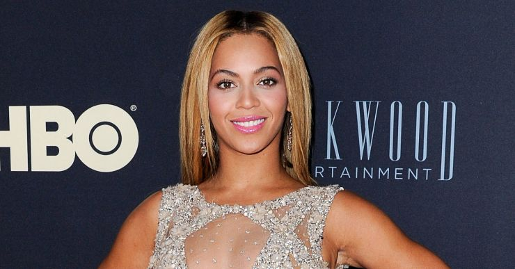 "Beyoncé encerra turnê ""Mrs. Carter Show World Tour"""