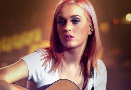 Documentário que mostra Katy Perry com 16 anos de idade está disponível na inter