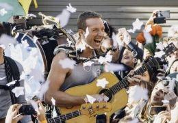 """Confira a música de Coldplay para o filme """"Invencível"""""""