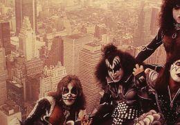 Kiss fará show inédito em Curitiba