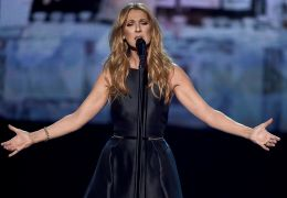 Céline Dion também retira música com R. Kelly do streaming