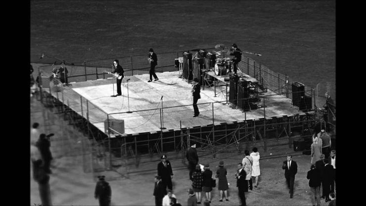 Peter Jackson vai produzir documentário sobre os Beatles