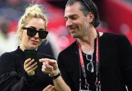 Lady Gaga teria terminado com noivado