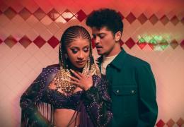 Cardi B e Bruno Mars lançam clipe juntos