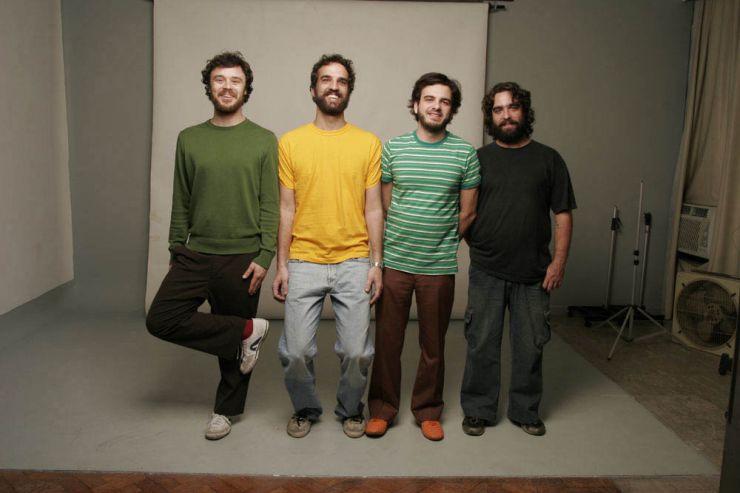 """Los Hermanos divulga música inédita """"Corre Corre"""""""