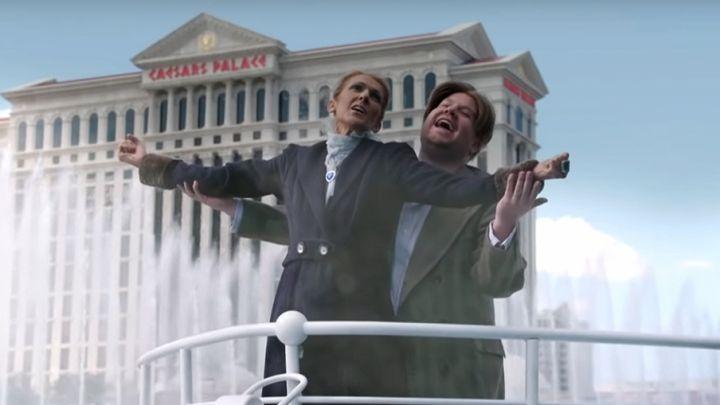 """Céline Dion recria cena clássica do filme """"Titanic"""" em programa de televisão"""