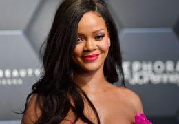 Rihanna estaria gravando 2 álbuns ao mesmo tempo