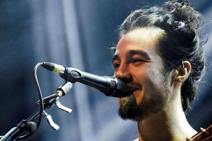 Tiago Iorc é indicado ao Grammy Latino