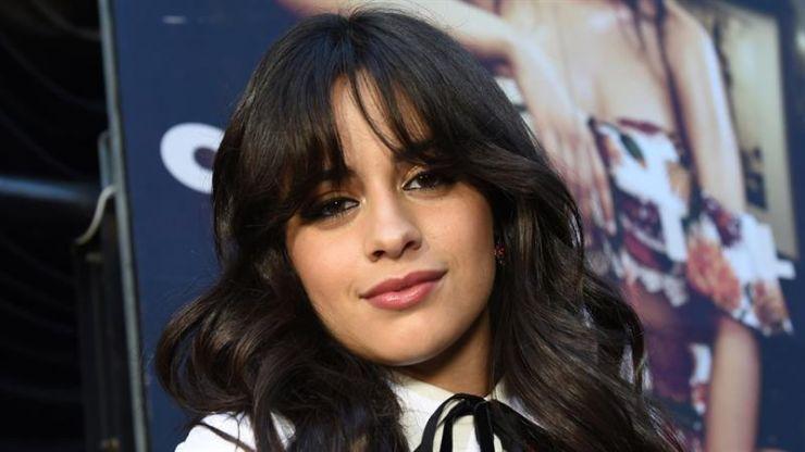 Camila Cabello pede desculpas por comentários racistas antigos