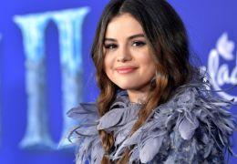 "Selena Gomez libera novo álbum chamado ""Rare"""