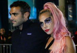Lady Gaga assume novo namorado pelo Instagram