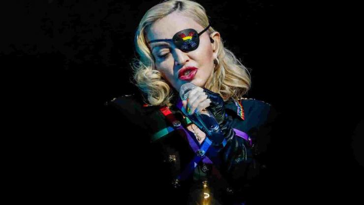 Madonna detona fã que reclamou de atraso no show