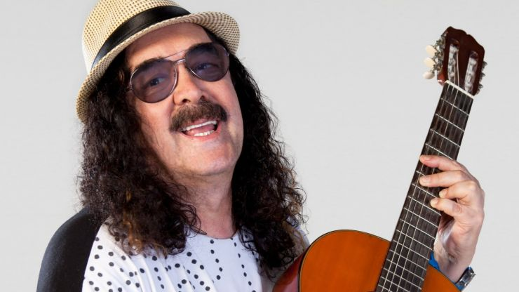 Morre cantor e compositor brasileiro Moraes Moreira