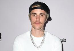 Justin Bieber faz desabafo na internet por erros do passado