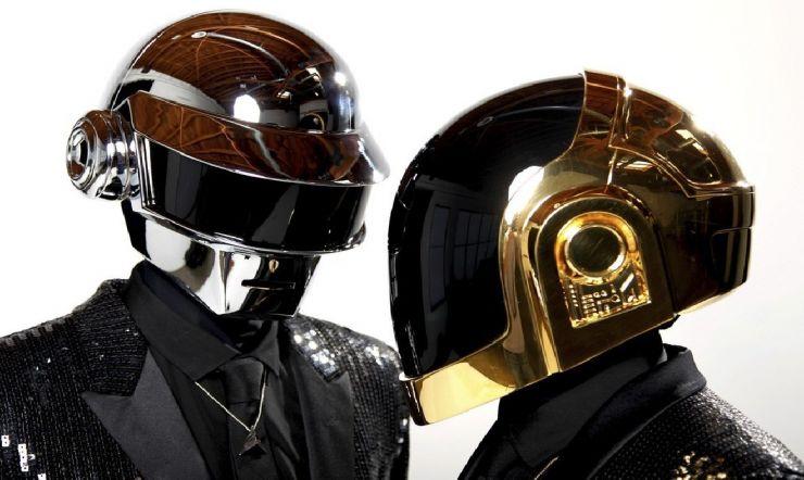 Daft Punk anuncia fim da dupla e divulga curta-metragem misterioso