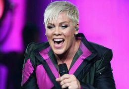 Pink anuncia documentário sobre apresentação no Estádio de Wenbley