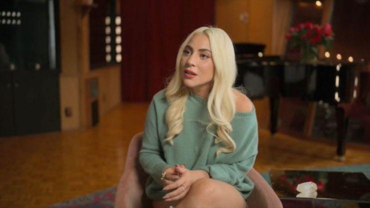 Lady Gaga afirma que ficou grávida depois de agressão sexual