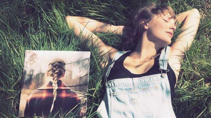 Taylor Swift quebra recorde de vendas de vinil