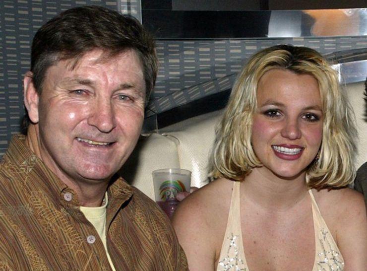 Pai de Britney Spears desiste de cargo de tutor da cantora