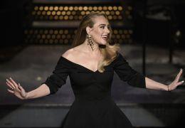 Adele deve lançar novo disco antes do natal